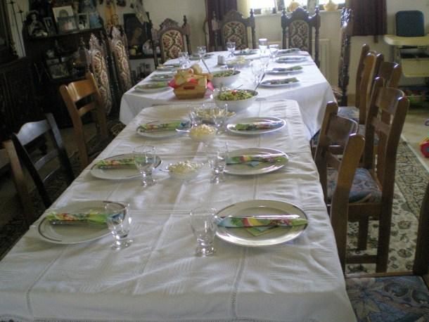 τραπέζι έτοιμο για το Πάσχα εικόνα