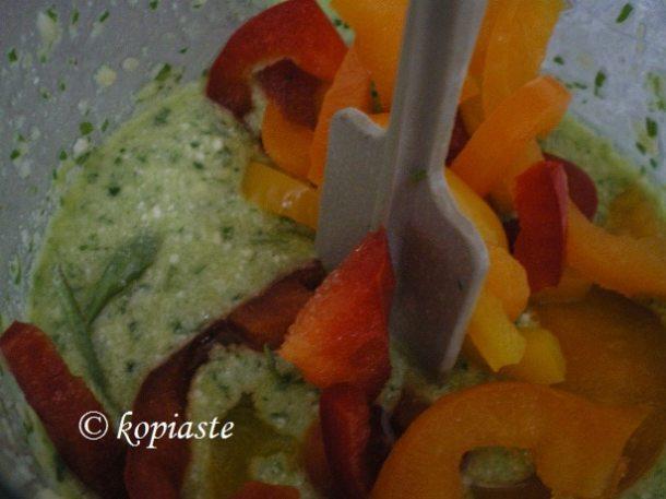 πέστο με κάρδαμο ριέςόκα και πιπεριές εικόνα