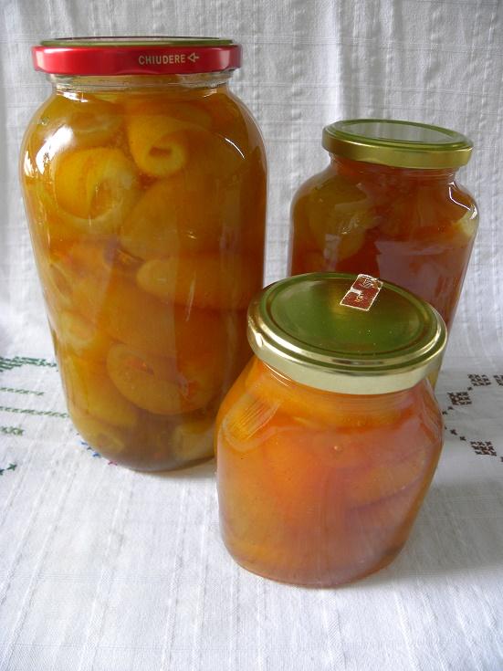 Βάζα με γλυκό πορτοκάλι εικόνα