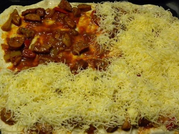 Πίτσα σπετζοφάι φωτογραφία
