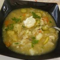 Σούπα Αγκινάρες με Σελινόριζα