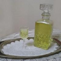 Λιμοντσέλο ή Λικέρ Λεμονιού με Τσικουδιά