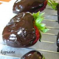 Νηστίσιμες Σοκολατένιες Φράουλες