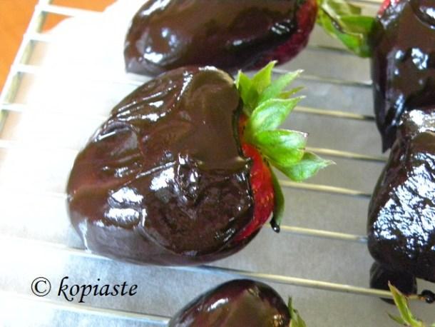 νηστίσιμες σοκολατένιες φράουλες φωτογραφία
