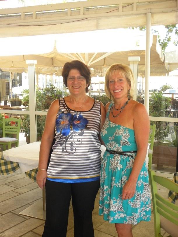 Μαζί με την πρωταγωνίστρια Zita Keeley εικόνα