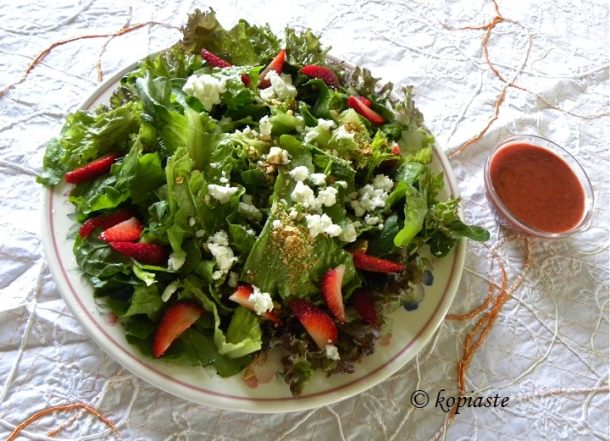Green Salad with Strawberries and Feta