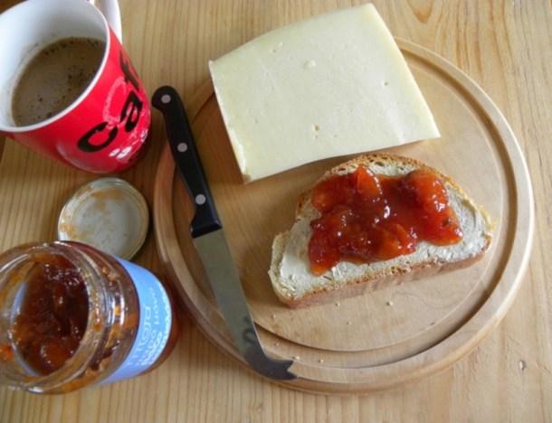 Πρωινό με Μαρμελάδα Μούσμουλο εικόνα