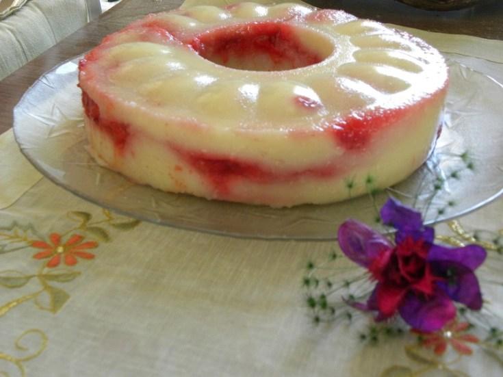 Αλάδωτος Χαλβάς Αμυγδάλου με Φράουλες
