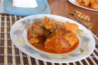 Pork with Kolokassi image