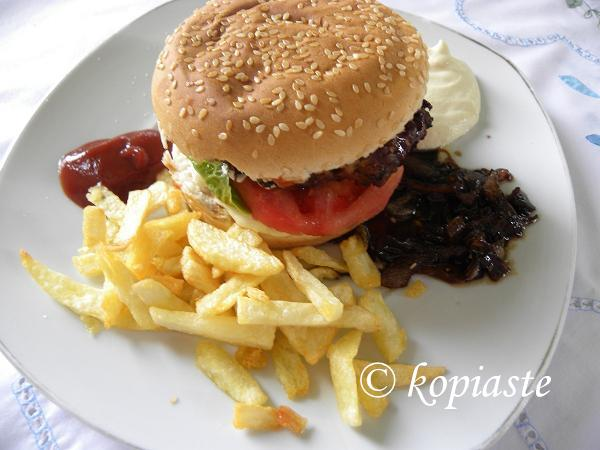 mpiftekia with bun sma