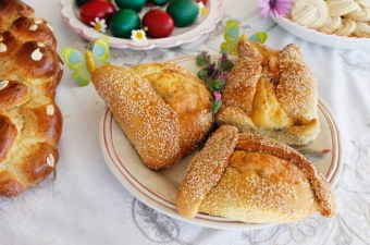 Easter Flaounes picture