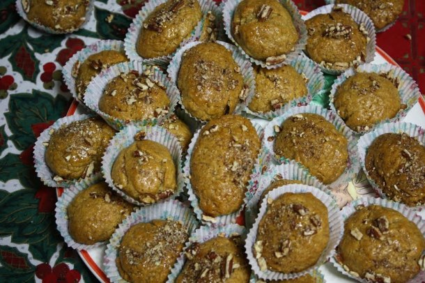 Melomakarona with pecans picture