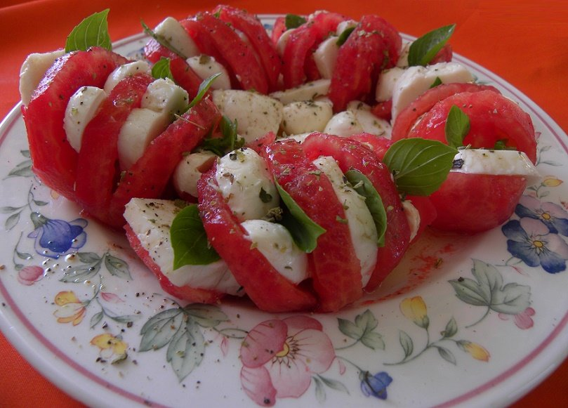 A different approach to Insalata Caprese - Kopiaste..to ...