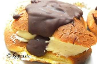 Eclairs with lemon curd image