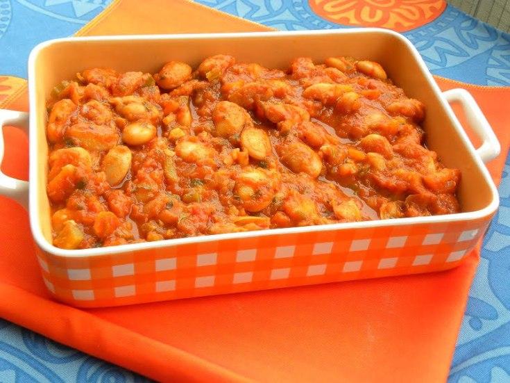 Gigantes Plaki sto Fourno (Baked Giant Beans) - Kopiaste  to Greek