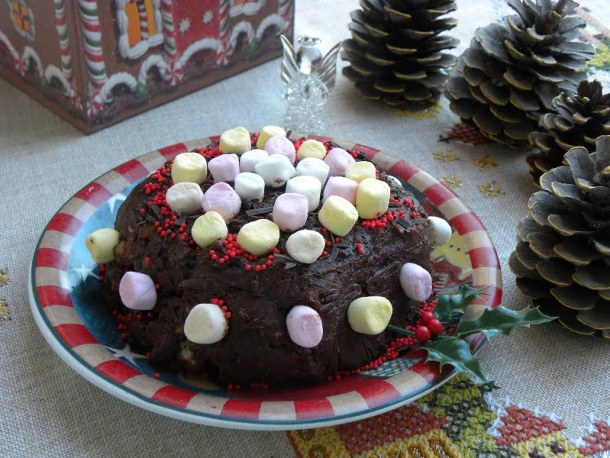 Gateau with leftover cookies image