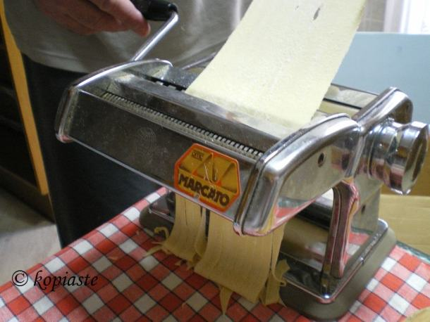 pasta machine or maker image