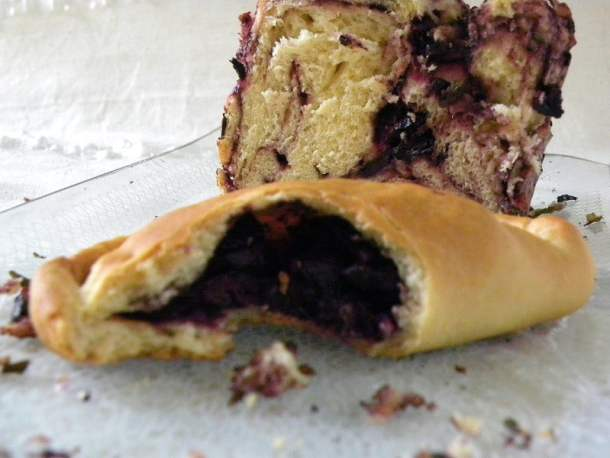 olive bread and turnovers image