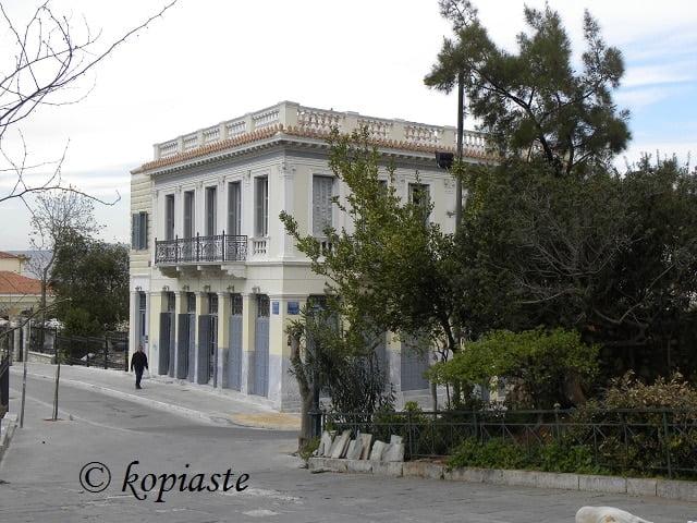 anafiotika-old-house2