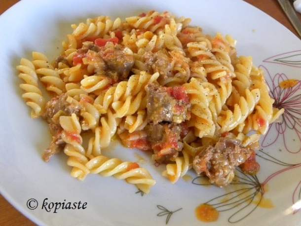 Fussili with sausage and feta