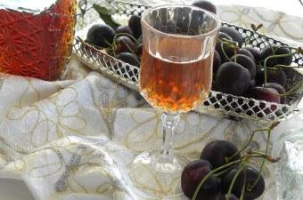 Cherry Liqueur image