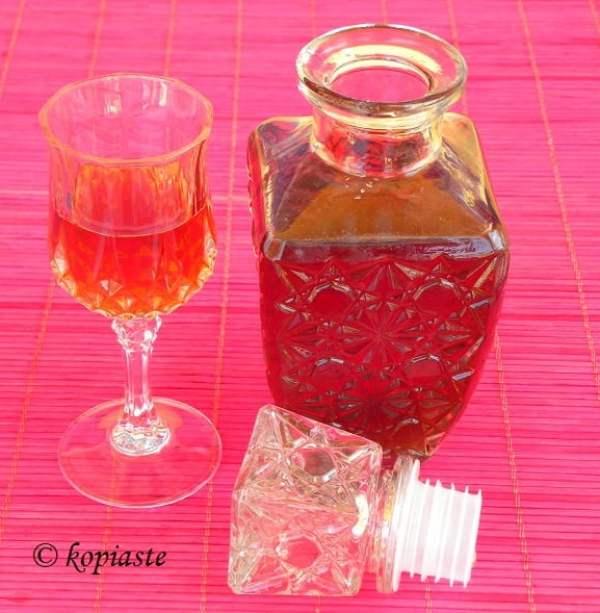 Cherry Pit Liqueur2