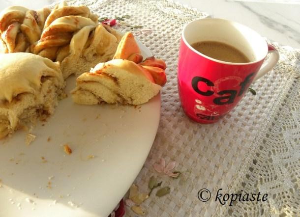 Tahinopsomo with Greek coffee