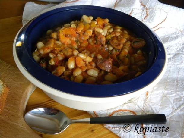 greek beans with sausage picture