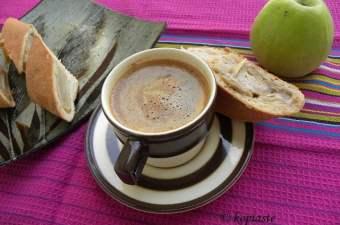 Tahinopita with apples