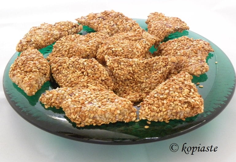 Pastelli (Honey Sesame Candy with Peanuts) - Kopiaste..to ...