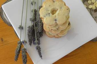 Lemon-lavender and mint chocolate chip cookies image