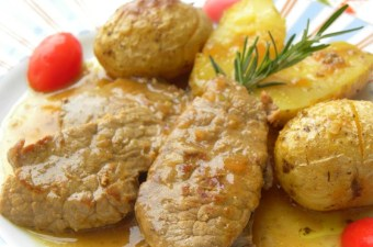 Moschari Lemonato (Lemony Veal)