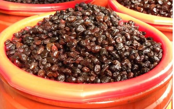 throubes olives image
