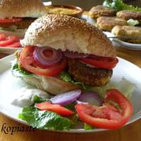 Nistisima Mpiftekia Revithion (Vegan Chickpea Burgers) with Zucchini and Bulgur
