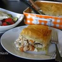 Kotopita tou Kynigou (Cacciatore Pie) with Leftovers