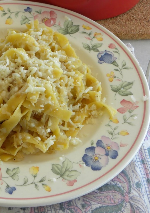cabbage with pasta and graviera image