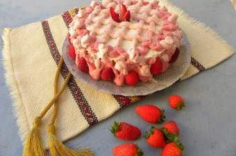 strawberry bavarian cream birthday cake image