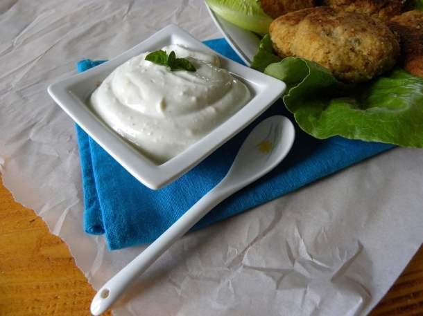 Garlic sauce image