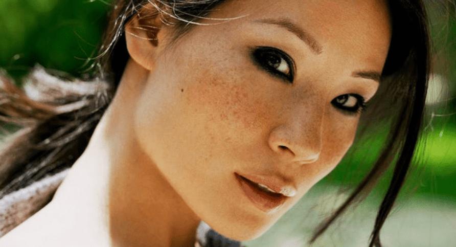 Tips Menghilangkan Flek Hitam di Wajah secara Alami dan