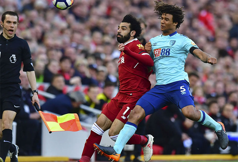 Carragher questions Man City deal for Bournemouth defender Ake