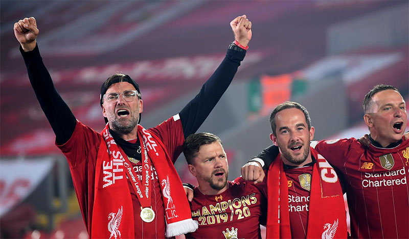 Alex Ferguson Praises Liverpool & Leeds As LMA Award Winners Announced