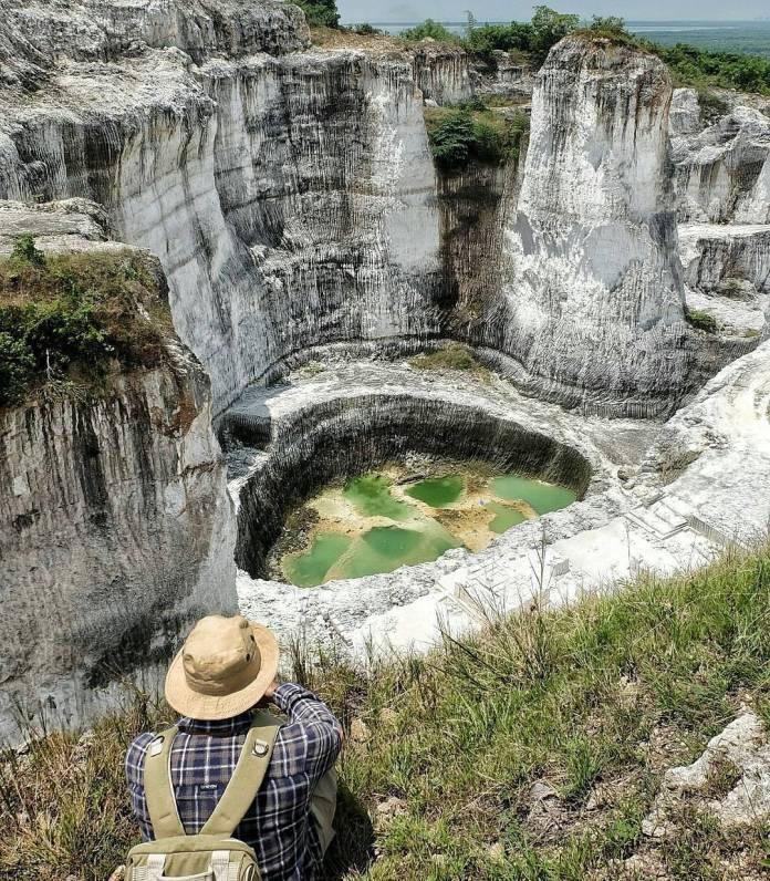 Wisata Bukit Sekapuk