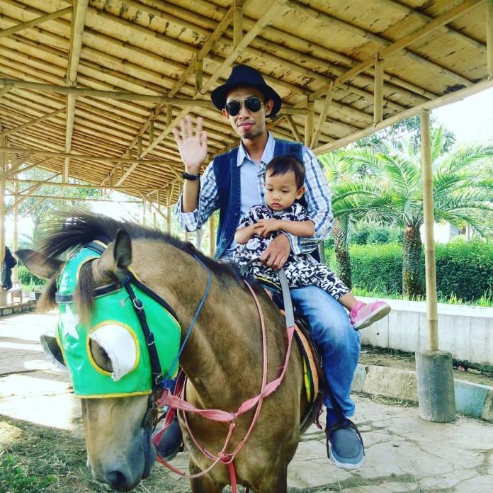 Wisata Kampung Gajah Wonderland