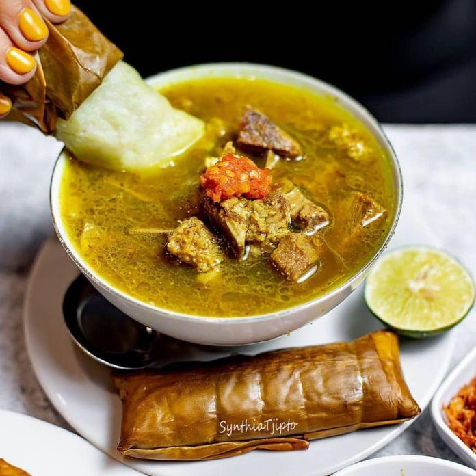 Kuliner Coto Makassar