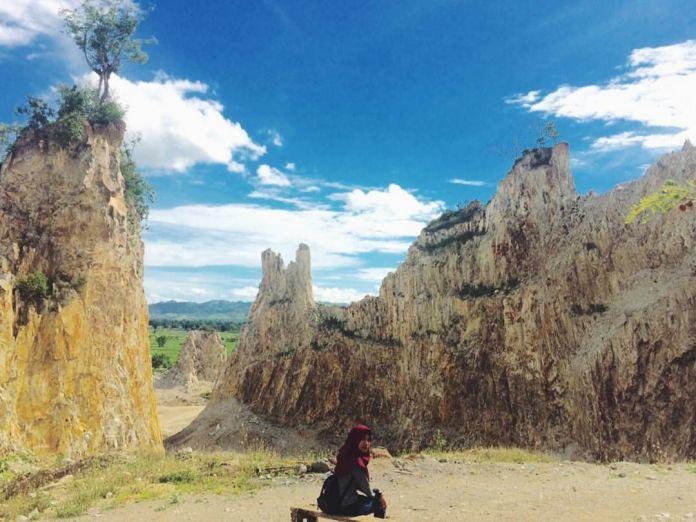 Wisata Tambang Batu Allakuang