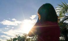 Permalink to Bukan Hanya Bikin Gelap, Ternyata Ada 6 Efek  Bahaya Sinar Matahari bagi Tubuh, Awas Bisa Kena Kanker