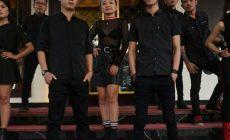 Permalink to Simple Colour Band Ajak Pengujung theVenus Golden Hall Bergoyang Dan Bernyanyi Bersama
