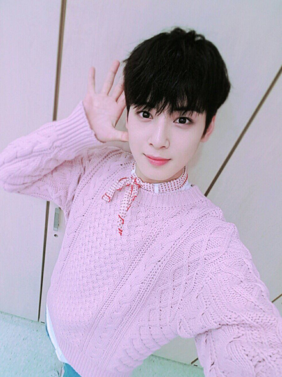 Just 51 Photos of ASTRO Cha Eunwoo That You Need In Your