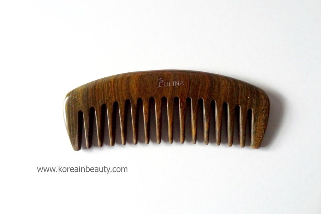 Olina green sandal wooden comb