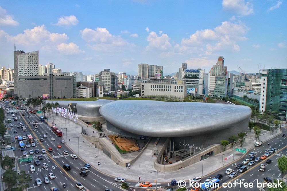 Dongdaemun Design Plaza DDP (동대문디자인플라자)